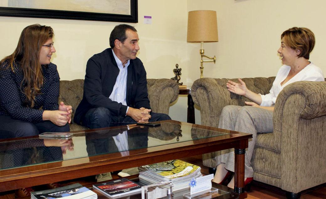 Reunión con la rectora de la Universidad de La Laguna, Rosa Aguilar